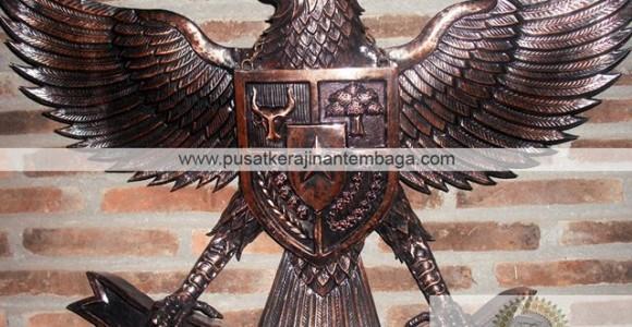 Burung Garuda Tembaga