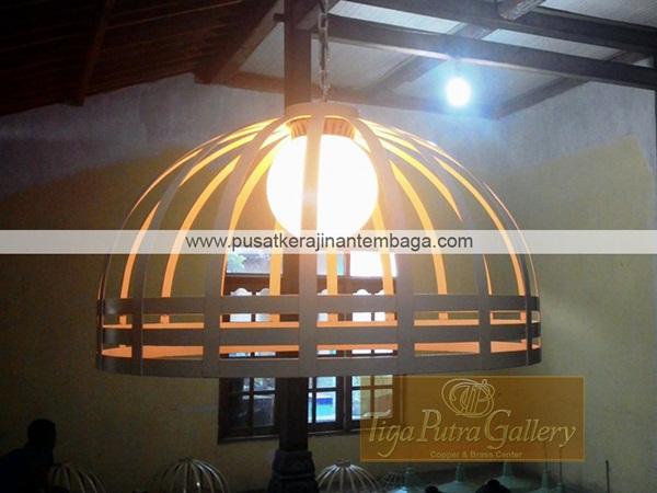 lampu restoran