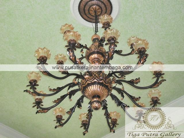 lampu gantung tembaga motif timur tengah