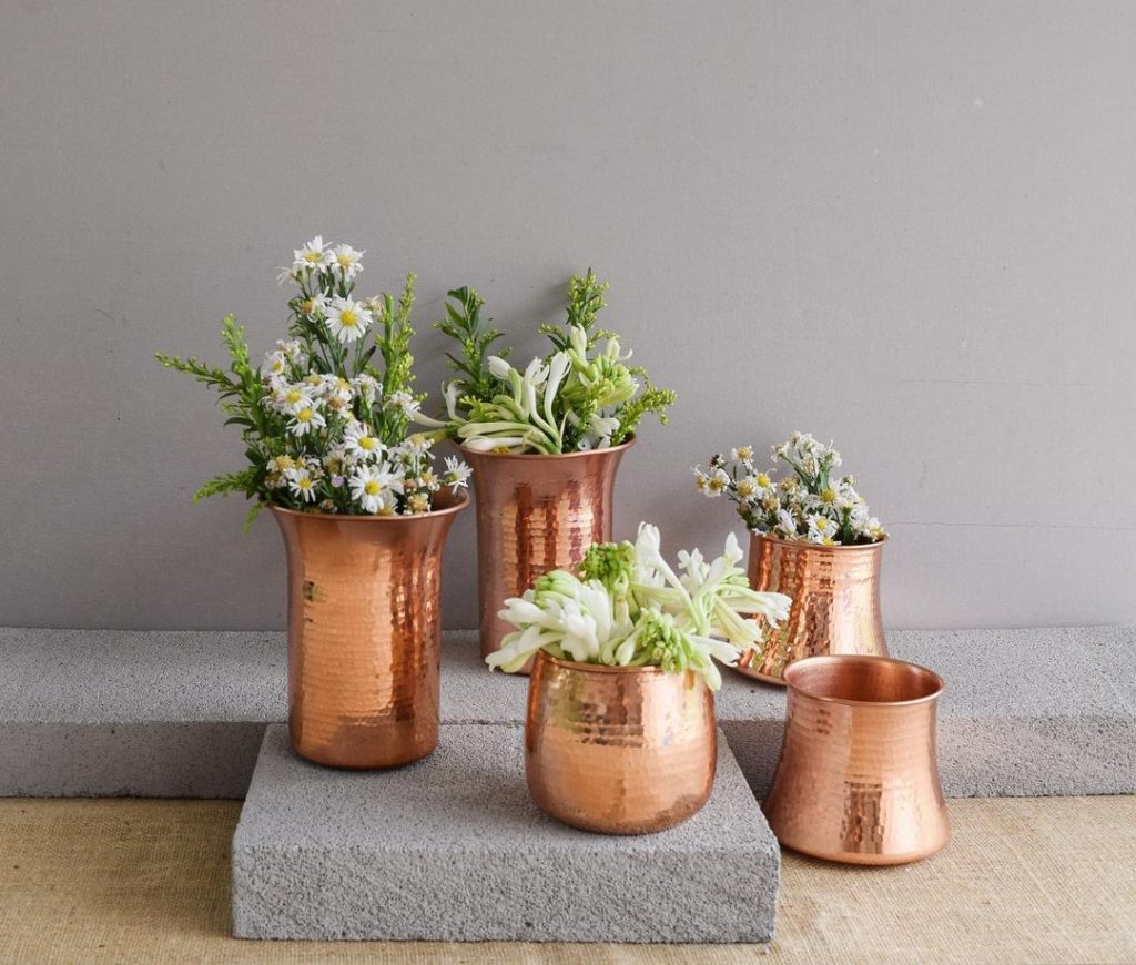 Vas Bunga dari Tembaga